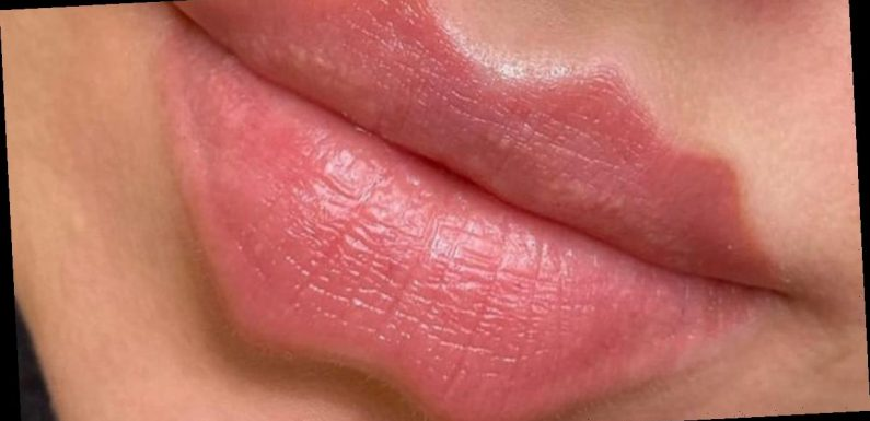 'Unnatural' devil lips photo divides internet as people try to tell if it's real