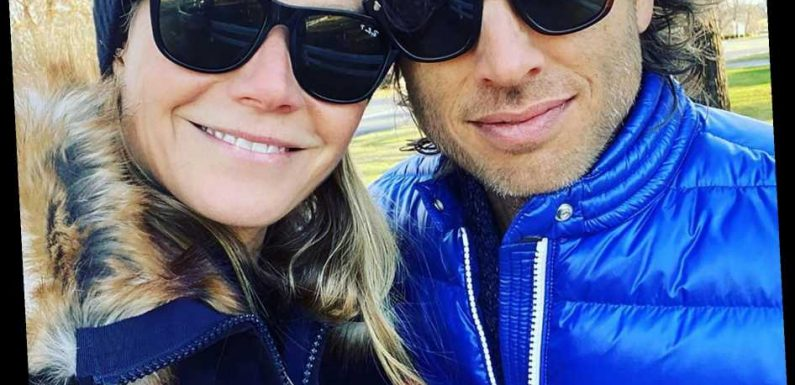 Gwyneth Paltrow and Her Husband Brad Falchuk Pose for a Sweet Selfie After Thanksgiving
