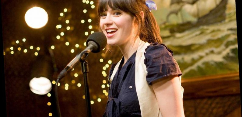 Zooey Deschanel revisits 500 Days of Summer karaoke bar