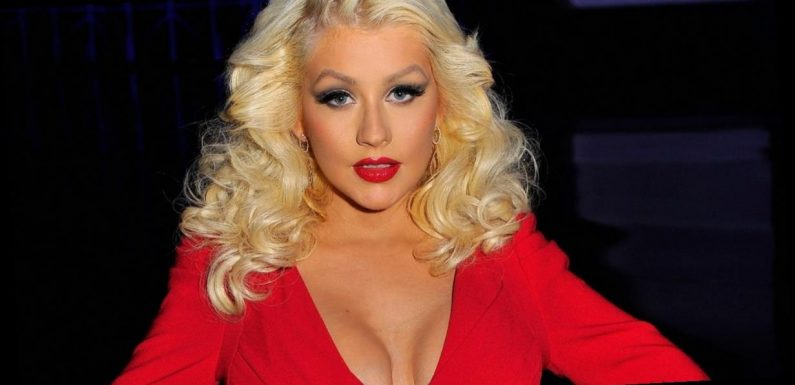 Christina Aguilera laid bare in stunning naked Instagram exposé