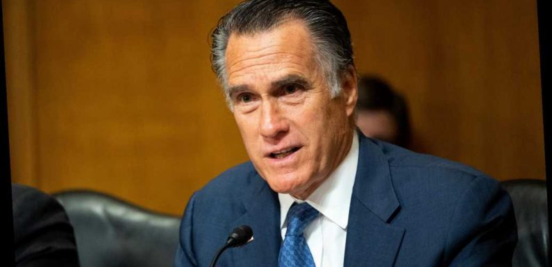 Mitt Romney pledges to have 'open mind' during Trump impeachment trial
