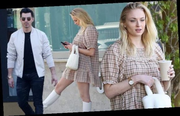 Sophie Turner steps out with beau Joe Jonas amid pregnancy claims