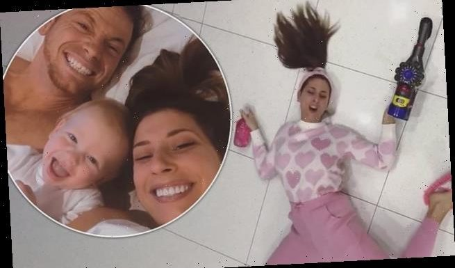 Stacey Solomon shocks Joe Swash by mopping kitchen floor with her body