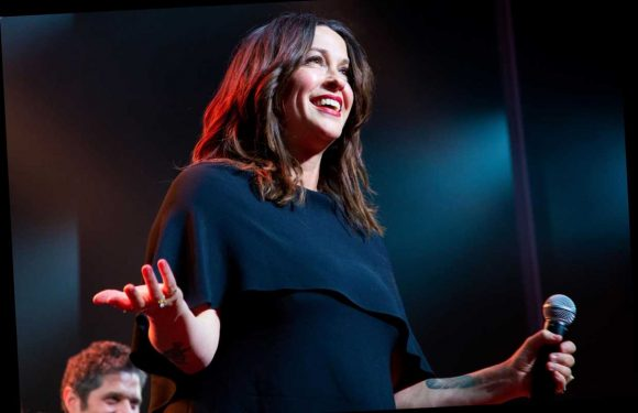 Alanis Morissette Keeps Her Head Up on New Song 'Smiling'