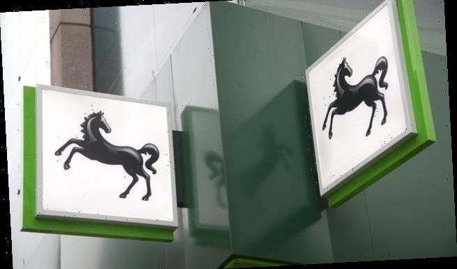 Lloyds and Halifax banking apps go down