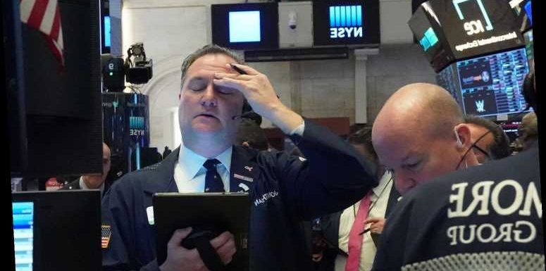 Trading halted on markets AGAIN as Dow, S&P500 and Nasdaq take heavy losses during coronavirus crisis – The Sun