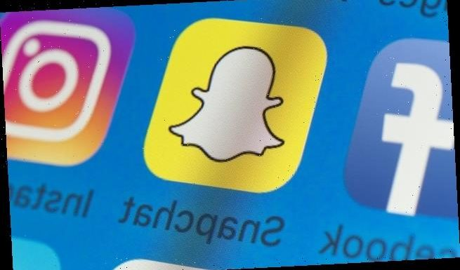 Snapchat is DOWN around the world as users cannot share snaps