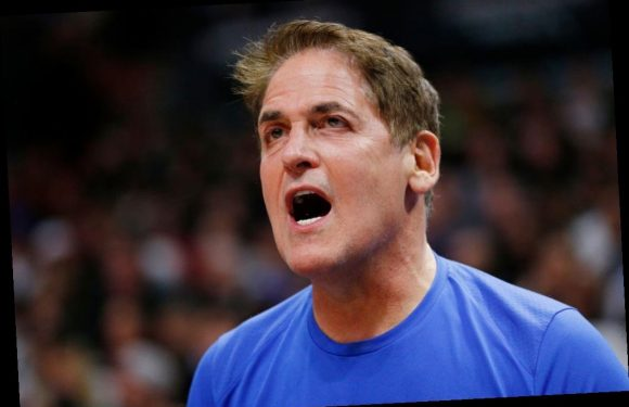 Why 'Shark Tank's' Mark Cuban Personally Answers All Emails and Texts: 'I Don't Need to Unplug'
