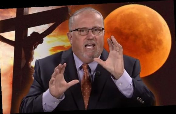 Blood Moon prophecy: End of the world preacher reveals 'harbinger' sign in lunar eclipse