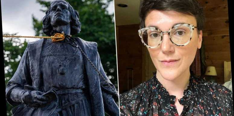 NYC college professor tells protesters how to topple statues 'faster'