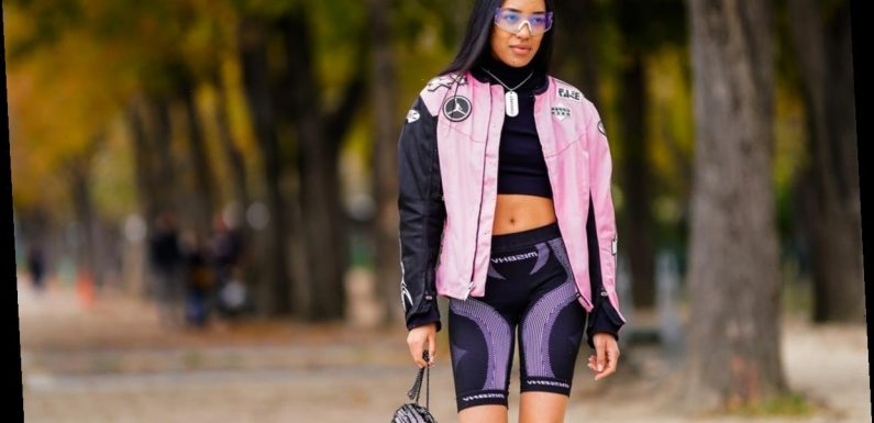8 Biker Shorts Outfit Ideas With Oversized T-Shirts, Crop Tops, Blazers & More
