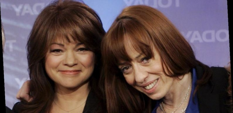 Norman Lear, Mackenzie Phillips & Valerie Bertinelli Set For 'One Day At A Time' Live Benefit Reunion