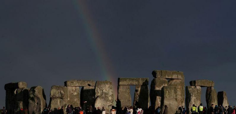 Scientists solve mystery of the origin of Stonehenge megaliths