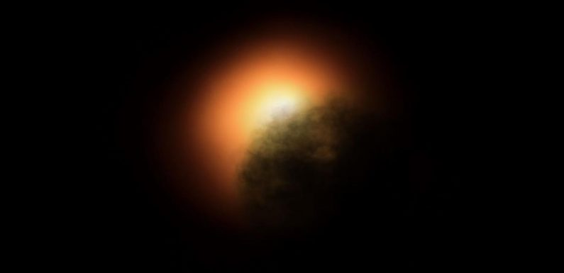 Giant star Betelgeuse which is 700 times the size of Sun 'dimming dramatically'