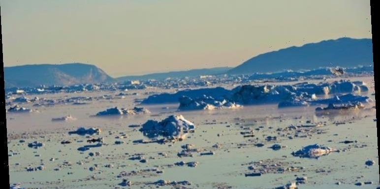 Climate change warning: Greenland ice sheet hits the point of no return – 'Losing mass'