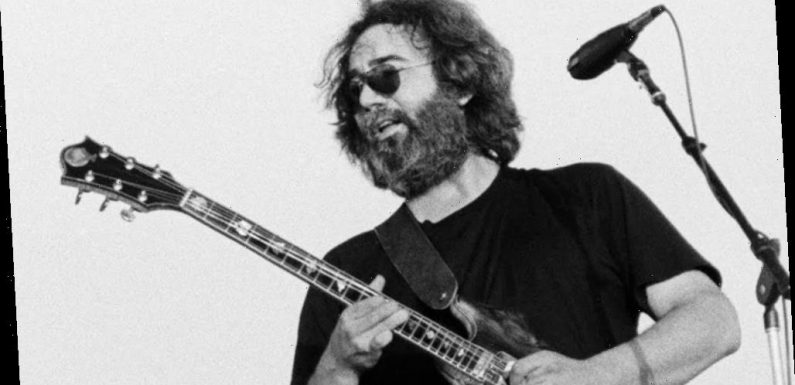Grateful Dead Photographers Remember Capturing the Magic from the Pit, 25 Years After Jerry Garcia's Death