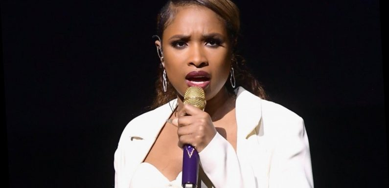 Jennifer Hudson Performs 'A Change Is Gonna Come' at DNC Night 3