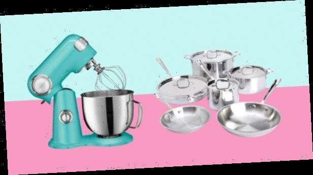 10 cookware items to get from Wayfair's biggest sale of the year, from Le Creuset to All-Clad
