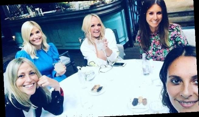 Holly Willoughby and Emma Bunton catch up over margaritas
