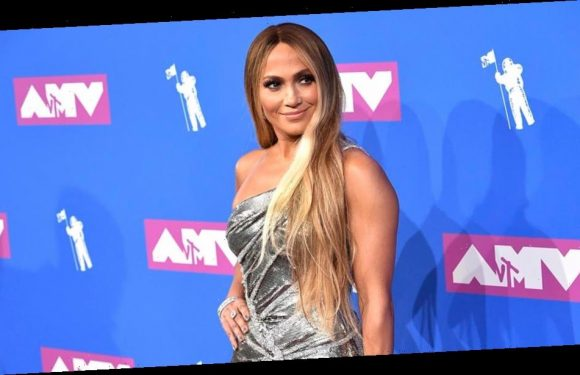 Jennifer Lopez To Be Honored At 'E!'s People's Choice Awards'