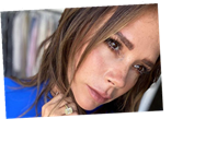 Victoria Beckham shows off freckles and natural beauty as she poses for unfiltered Instagram snap