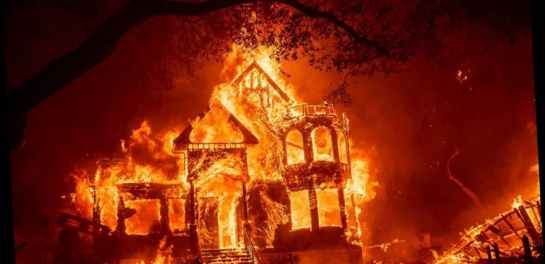 3 dead in Northern California wine country wildfires as thousands flee