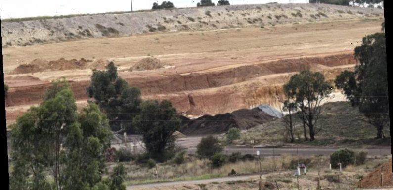 West Gate Tunnel dig forces controversial landfill expansion