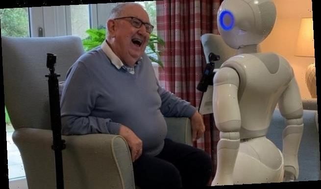 Robots improve mental health of the elderly in care homes