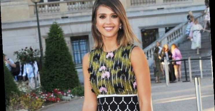 'Beverly Hills, 90210' Director on No Eye Contact Rule: Someone Was Messing With Jessica Alba