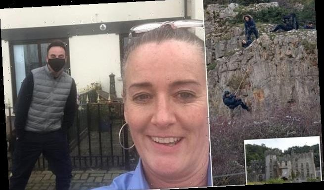 Ant McPartlin amazes staff at a pub in Wales as he stops for a selfie