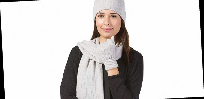 9 Luxe Cashmere Gifts for Your Loved Ones (and Yourself) on Amazon