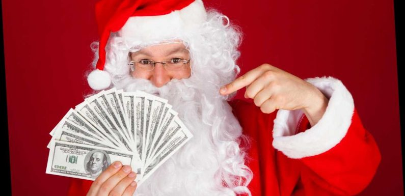 The VERY simple ways you can save hundreds on your Christmas shop – including going incognito on your computer