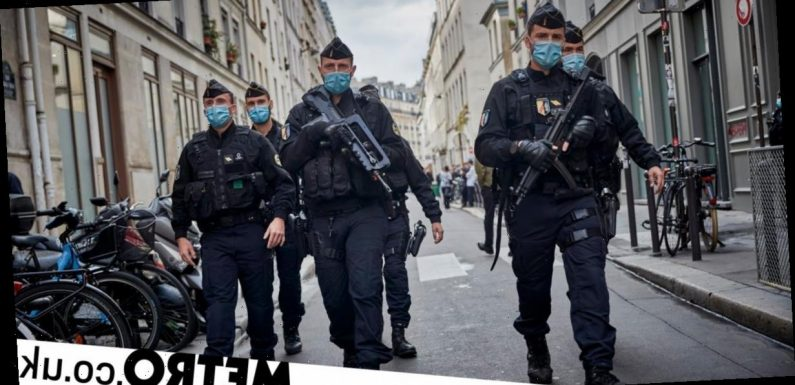Man 'armed with machete' arrested in Paris hotel room