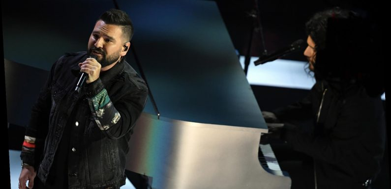 Dan + Shay Serenade the AMAs With 'I Should Probably Go to Bed'