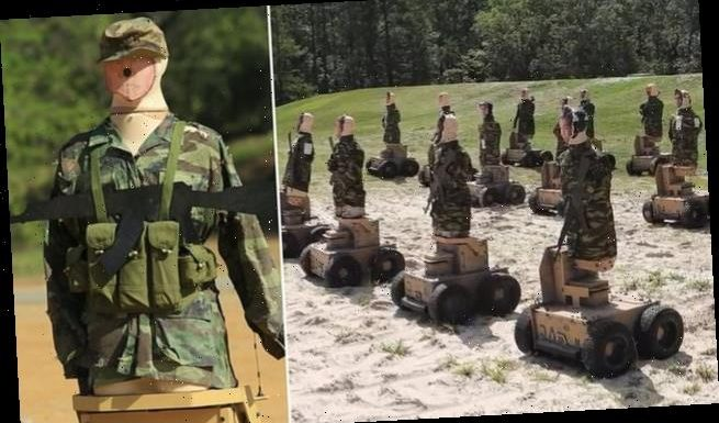 US Marines practice their shooting on human-like autonomous robots
