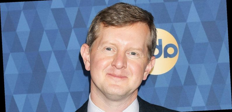 'Jeopardy!' Champ Ken Jennings Apologizes for 'Insensitive' Tweets