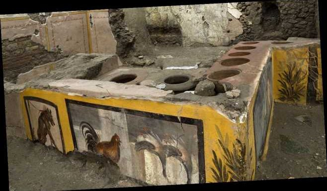 Pompeii dig uncovers secrets from unearthed fast-food restaurant