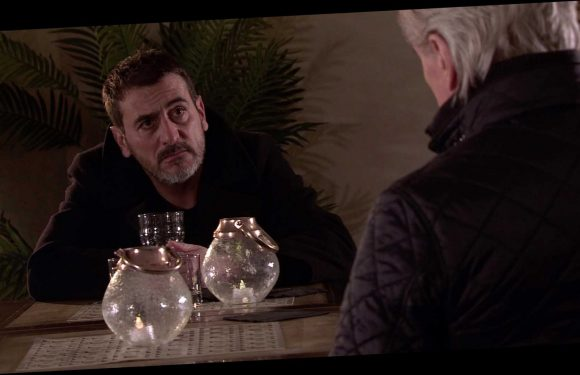 Coronation Street's Peter Barlow will turn on dad Ken as he dies of liver failure