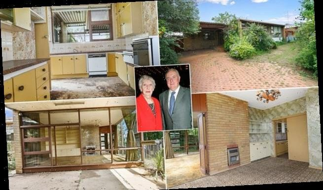 Gough Whitlam's rundown house with stained carpets is on the market