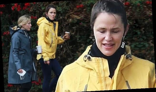 Jennifer Garner steps out for coffee with a friend in Los Angeles