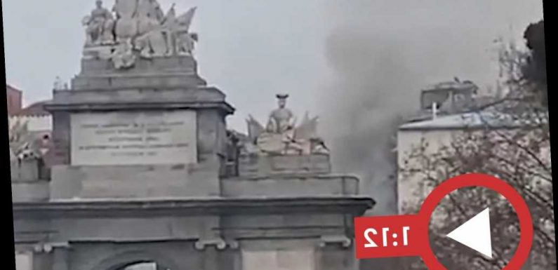 At least 2 dead in building collapse after massive explosion rocks Madrid