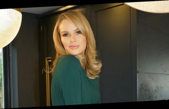 Amanda Holden floors fans with sweet snap as she poses with lookalike daughters
