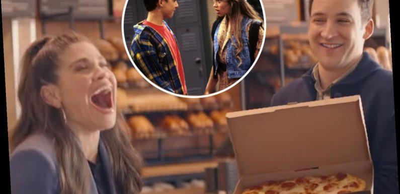 Boy Meets World's Ben Savage & Danielle Fishel reunite for romantic Panera commercial