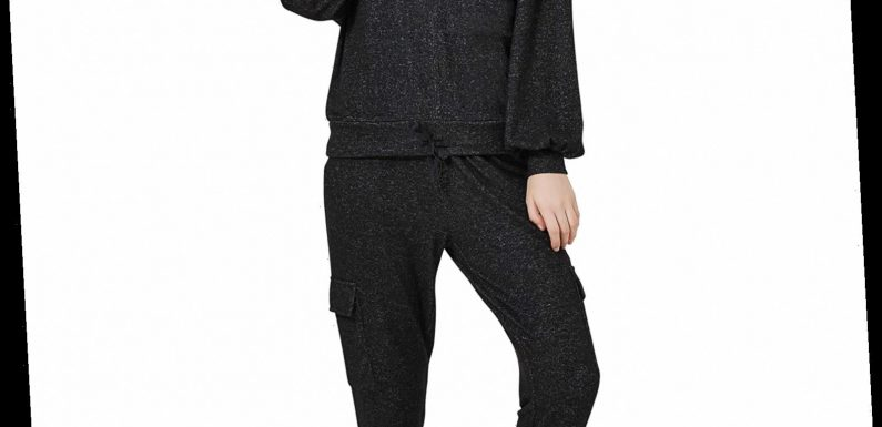 You're Going to Fall in Love with a Few Standout Details on This Stylish $40 Loungewear Set