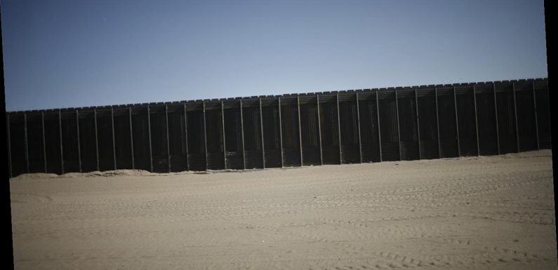11 Iranians arrested in Arizona after jumping US-Mexico border