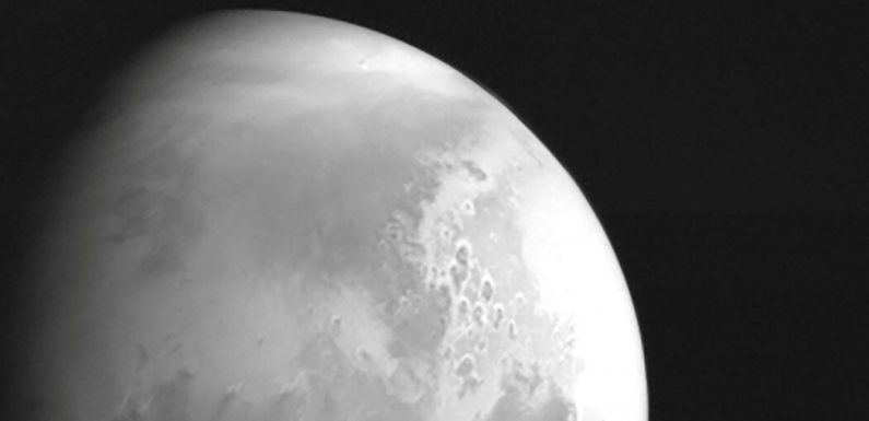 China's Mars Mission Is Up Next to Orbit the Red Planet