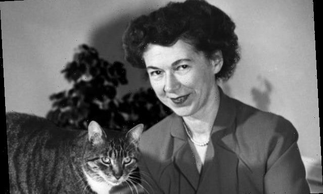 Beverly Cleary, Children's Author of 'Ramona' Books and 'The Mouse and the Motorcycle,' Dies at 104