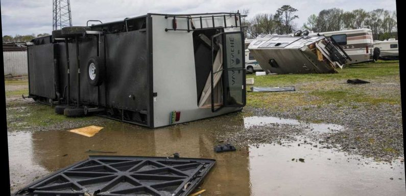 Deep South facing 'major severe weather outbreak,' Weather Service warns