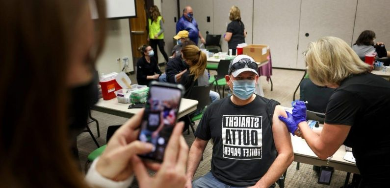 CDC: Out of 75 million fully vaccinated Americans, 5,800 got COVID-19 and 74 died
