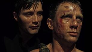 Daniel Craig, Mads Mikkelsen Wanted 'Casino Royale' Nude Torture Scene More 'Brutal and Insane'